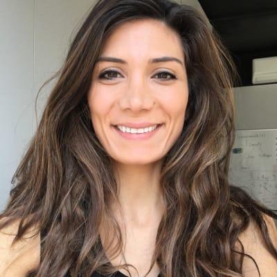 Lynn Mounzer ()