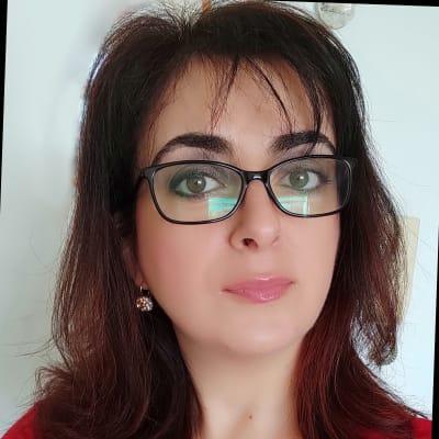 Lucia Isone (Freelance)