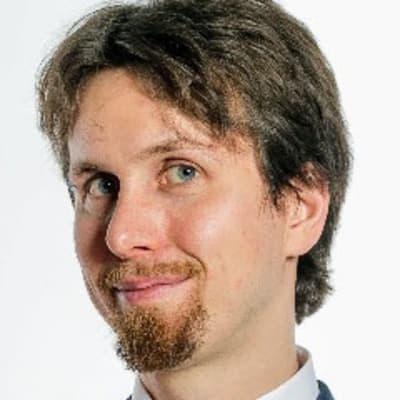 Peter Acsai (Adobe)