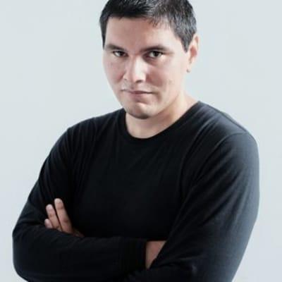 Rudy Caseres ()