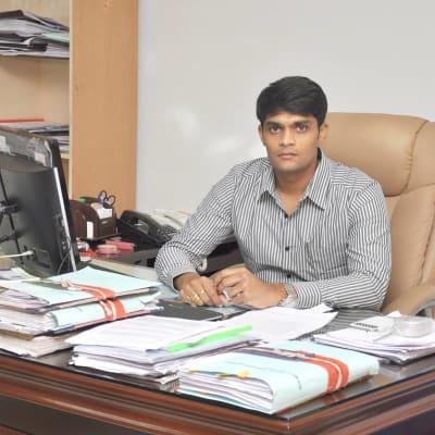 Thiru.Sandeep nadhuri (District Magistrate and Collector)