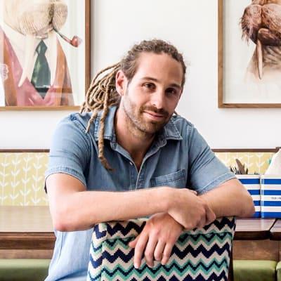 Mathieu Coquillon (Mama Money)