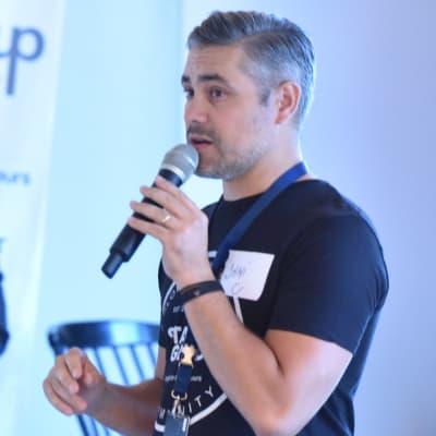 Dani Dumitrescu (Startup Grind Bucharest)