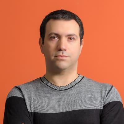 George Arfaras (e-table.gr)