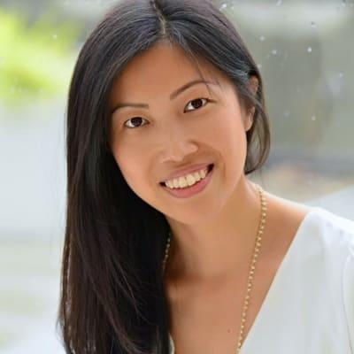 Hellen Yang ()