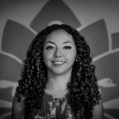 Lili Delgadillo (Yoga Loreto)