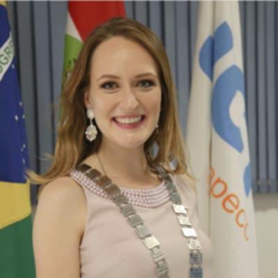 Luiza Utzig (Três Desenvolvimento)