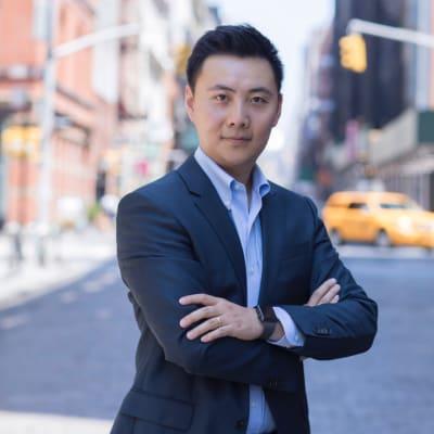 Michael Zhu (Founder, Managing Partner of Accathon Capital  Accathon Capital 的创始人和管理合伙人)