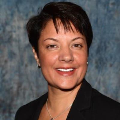 Nina Joshi (UES)
