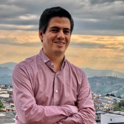 Juan Diego Castano (Emprendiendola)