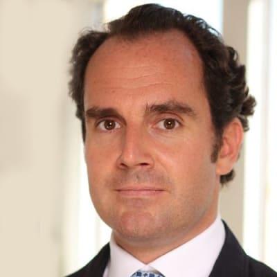 Dr. med. Dominik Pförringer ()