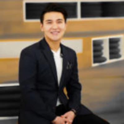 Shane Shin (Shorooq Investments)