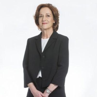 Vicki O'Toole (JJ O'Toole)