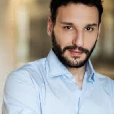 Luciano Giugliano ()