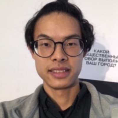 Beichen Zhou ()