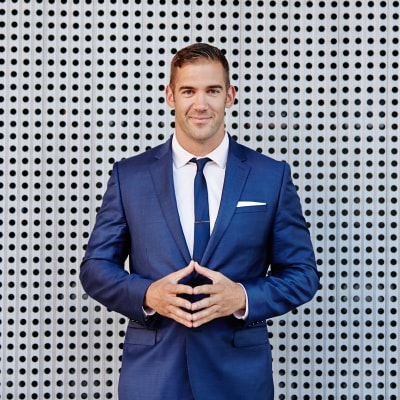Lewis Howes (The School of Greatness)
