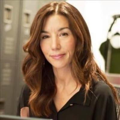 Lisa Owen (Rent Frock Repeat)