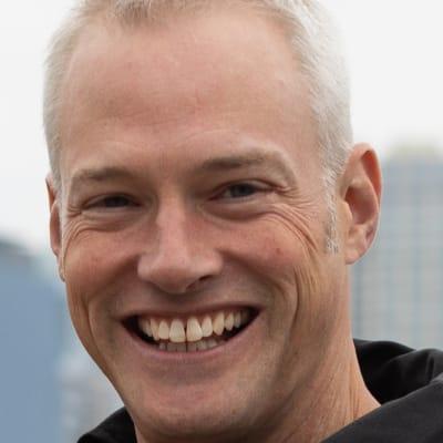 Marc Davis (Moment Motor Company)