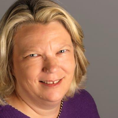 Nancy Dahlberg (Miami Herald: The Starting Gate)