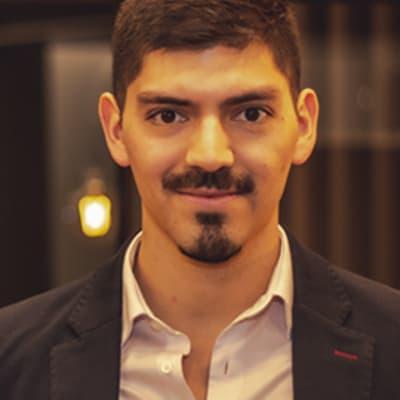 Pedro Varas (FounderList)