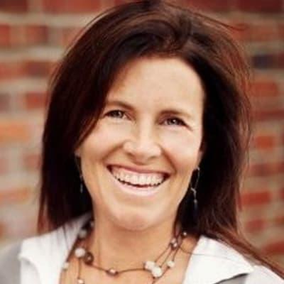 Mary-Jane Mehlenbacher (Fiitfu CRM Solutions)