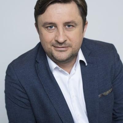 Todi Pruteanu (FintechOS)