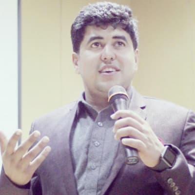 Umar Farooq (Hunarmand Constructions (Private) Limited)