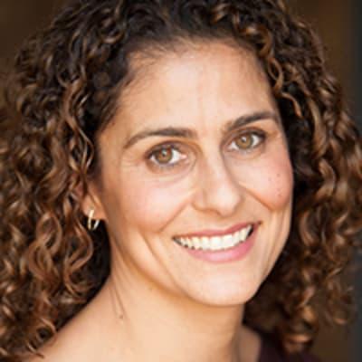 Carolyn Yashari Becher (HopSkipDrive)