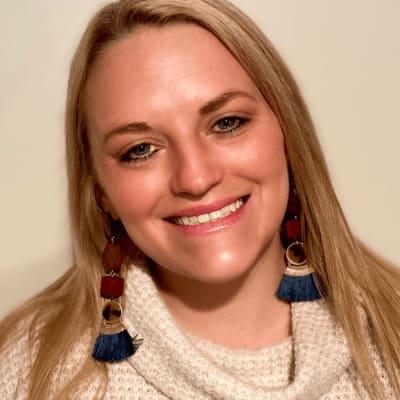 Abby Davies (AsylumConnect)