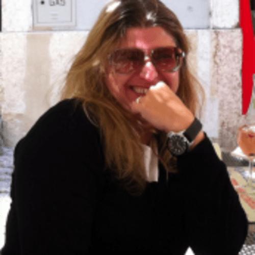 Ana Claudia Piccolo