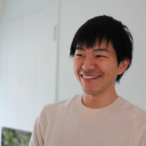 鈴木 駿介 Shunsuke Suzuki
