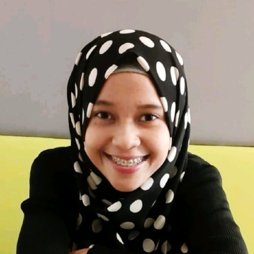 Hasna Khairunnisa