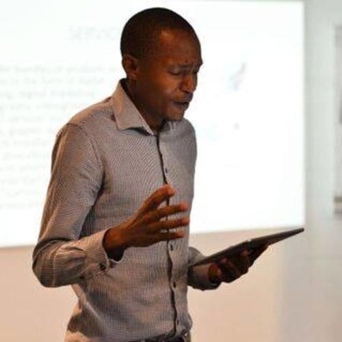 Amos Ofentse Tapile