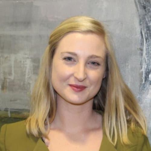 Dr Annie McAuley