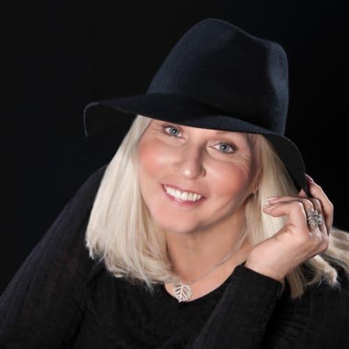Linda Schlesinger-Wagner
