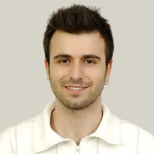 Murat Tapik