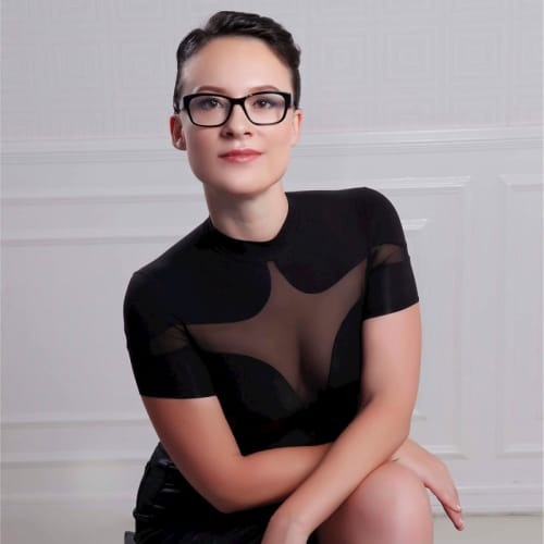 Leah Callon-Buttler