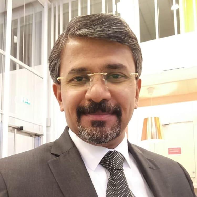 Vinod Thomas