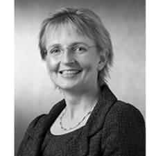 Niki Mckenzie
