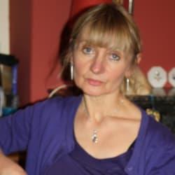 Rose Gilroy
