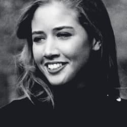 Mariam Sharangia