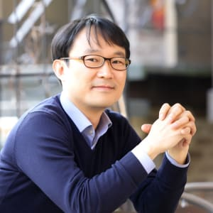 Lee, Yong-Kwan (Bluepoint Partners Inc.)