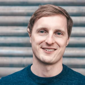 Holger Seim - Co-Founder & CEO of Blinkist - How to grow your startup  into a global brand