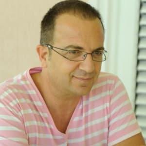 Ardit Gjebrea (Jon Music)