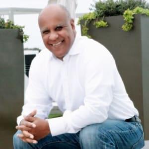 We are Hosting Juan Pablo Casimiro CEO and Founder of BIZNOVATOR
