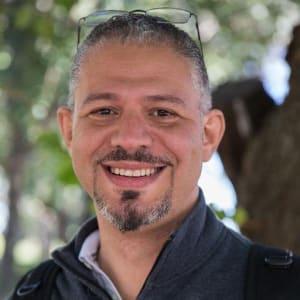 Jose Elias (@eliax) (www.eliax.com)