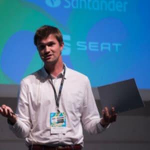 Dinner Talk with Bart De Langhe: Develop Your Quantitative Intuition (QI)