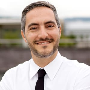 Viktor Calabro (STAFF FINDER)