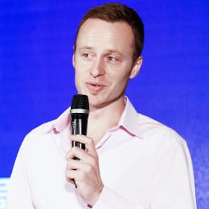 We are hosting Yereth Jansen from CloudBridge