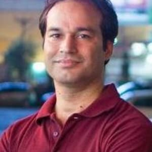 Fireside Chat With Amit Grover, CEO & Co-founder of AHA Taxis